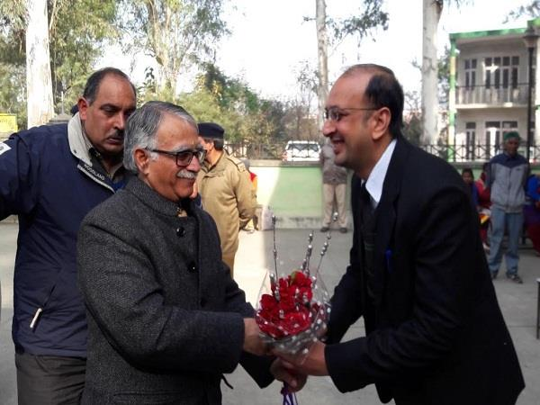 indore court of acting chief justice sanjay karol arrives at the high court