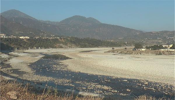 alaknanda river dries again in srinagar