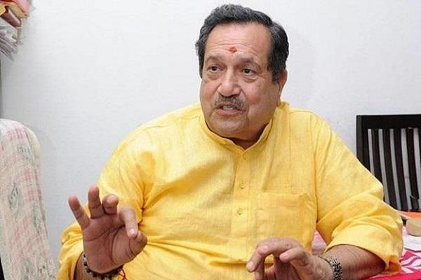 indresh kumar targets shashi tharoor on hindi language