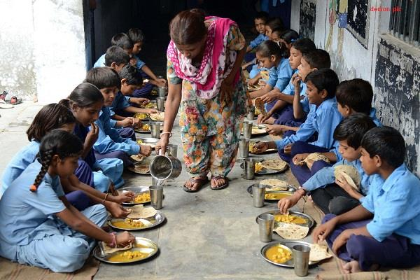 children can now get lunch in government schools