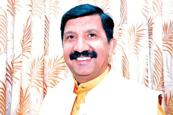 mukesh targeted government  transfer of officers like as cards