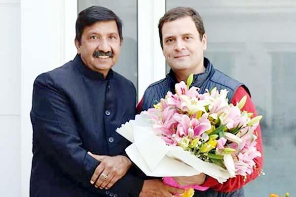mukesh agnihotri met with rahul gandhi  told of next goal of party