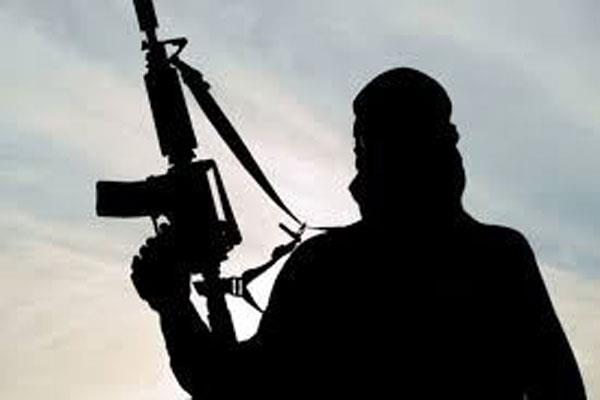 militant attack on police station shopian
