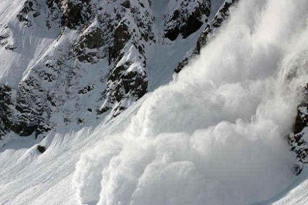 warning of avalanche in jammu and kashmir