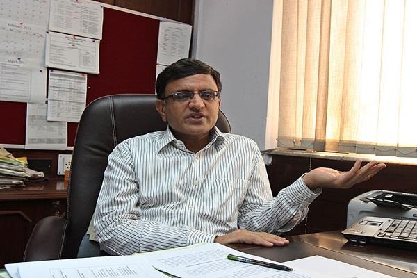 mischief of chief secretary member of education advisory council resigns