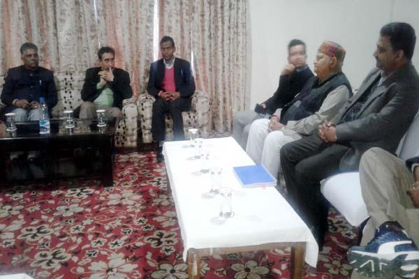dinner diplomacy in dhauladhar 15 members united against kccb president
