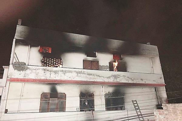ludhiana triple story woolen factory burns ash