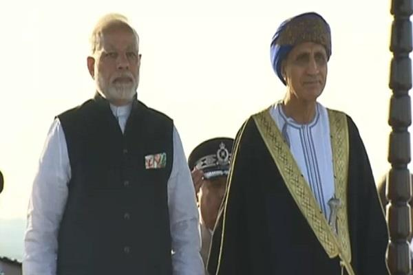 signing eight agreements between india and oman