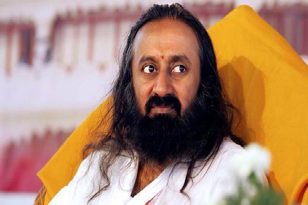 when sri sri ravi shankar left his hand
