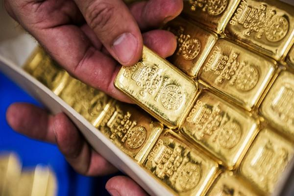 gold etf investors pulled out rs 679 crore in 10 months