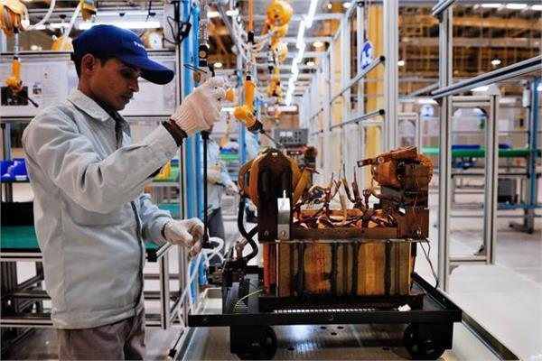 manufacturing sector growth rate at three month level  pmi