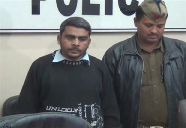 allahabad police arrested two accused in case of murder of student