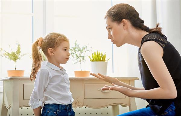 बच्चों को झूठ बोलने से है रोकना तो करें ये काम