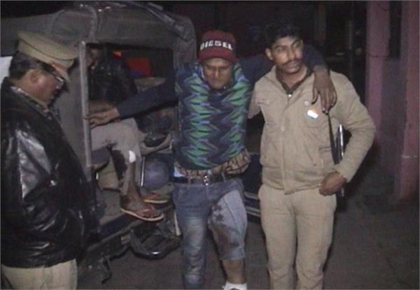 late night encounter in police and miscreants many crooks injured