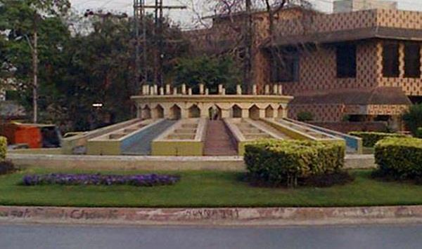 lahore hc starts hearing on plea for bhagat singh s statue