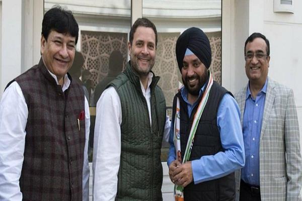delhi congress arvinder singh lovely bjp arvind kejriwal