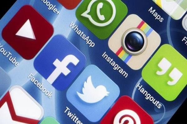 social media can affect the real life of teenagers study