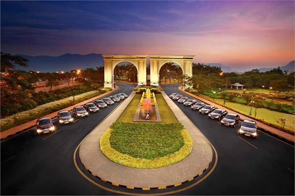 mahindra and piramal are interested to buy ambi valley