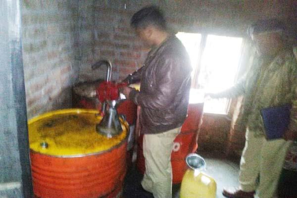 bilaspur illegal diesel recovered
