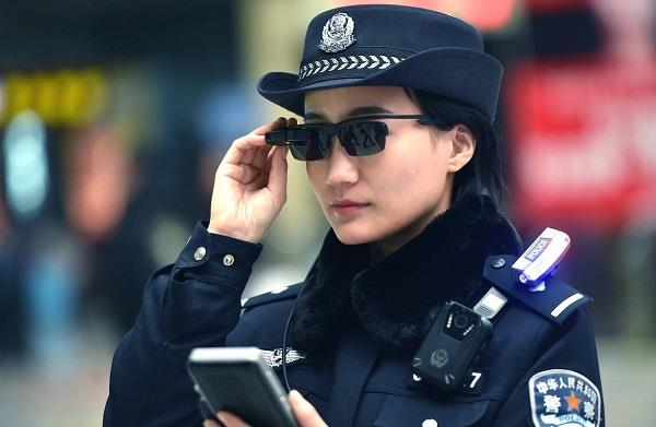 china technology will catch criminals by using goggles