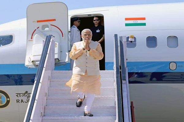pakistan sent a bill of rs 2 86 lakh for route navigation fee on modi s flight