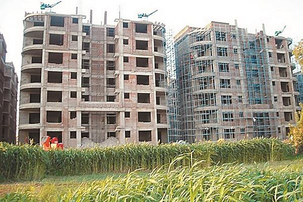 not sold 40 percent of households delhi ncr fastest decline in