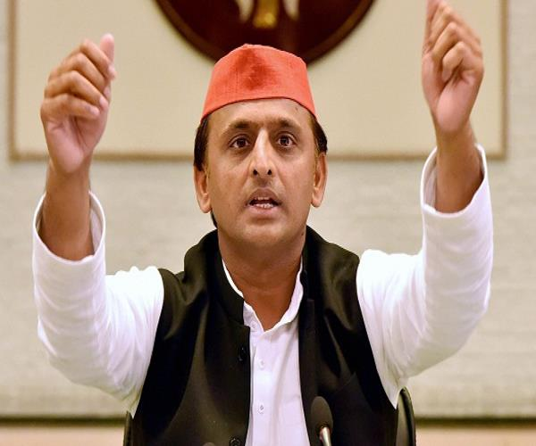 astrologers lie in the name of achievement akhilesh