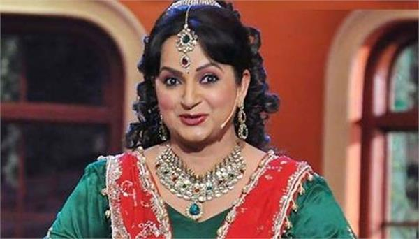 upasana singh misbehave by texi driver