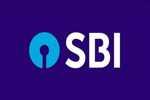 not paid pension sbi branch manager will now pay fine