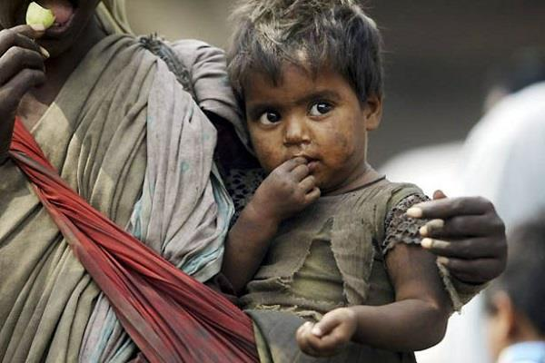 over 4 lakh beggars in the country