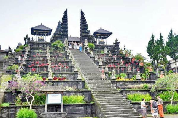 besakih temple of indonesia