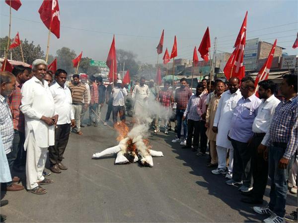 protest demolition of lenin s statues in tripura