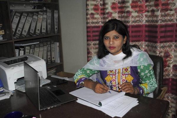 first ever hindu dalit woman senator sworn in pakistan