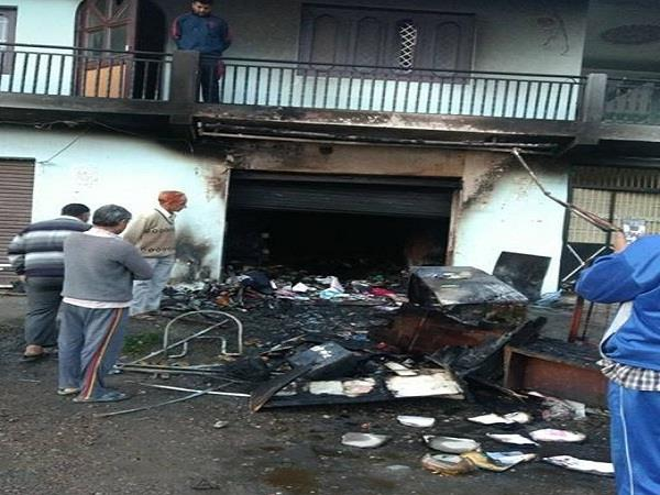 fire in shop loss of 25 lakhs