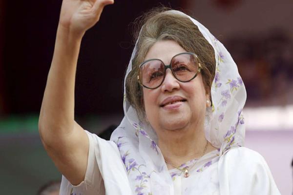 ex bangladesh pm zia gets bail in graft case