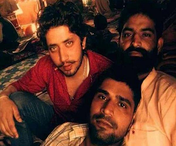 prisoners has upload selfie