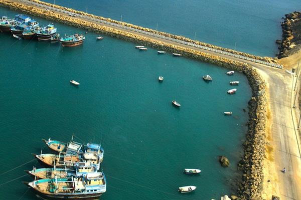 iran pakistan want to increase contact with gwadar