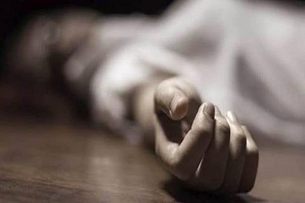student dead in examination hall