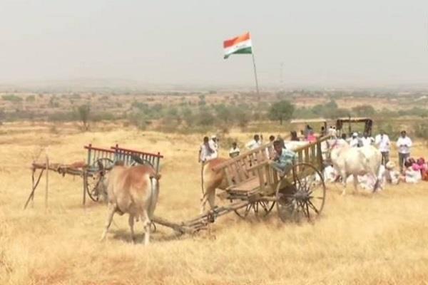 farmers protest in maharashtra against modi