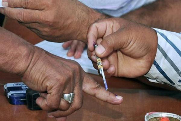 karnataka election nomination of beggars in voter list