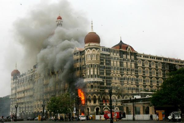 mumbai terror attack pak removes main lawyer