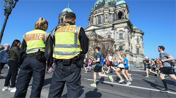 six arrested on suspicion of berlin half marathon plot