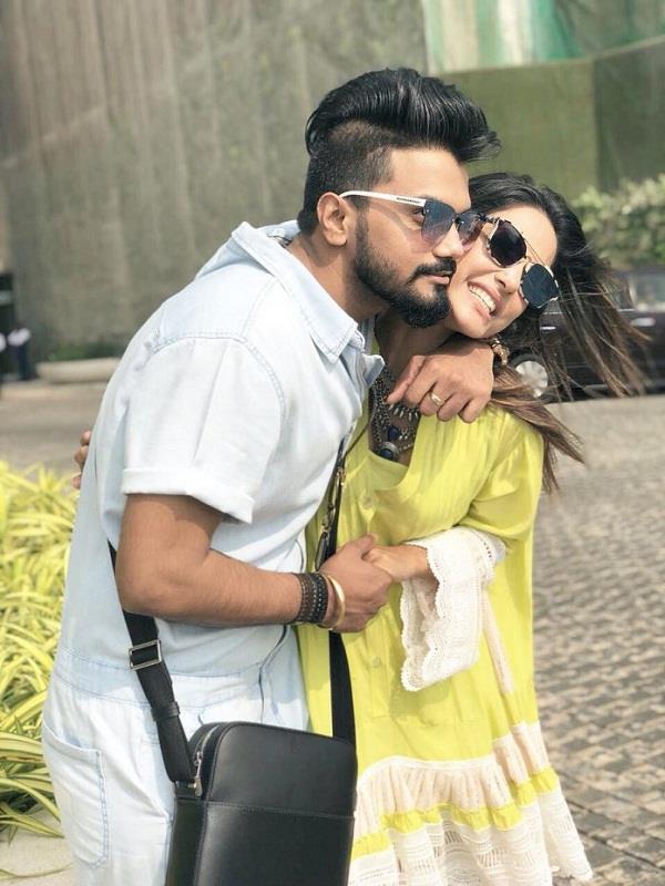 hina khan and rocky jaiswal got engaged