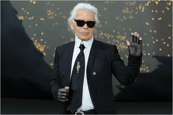 karl lagerfeld says don t be a if you don t want pants to be pulled