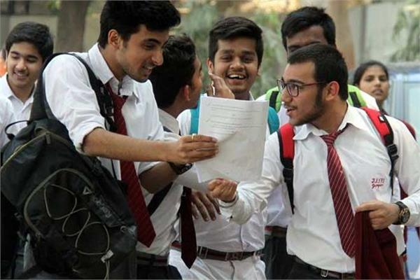 cbse 10th students will get 2 points due to english typing mistakes