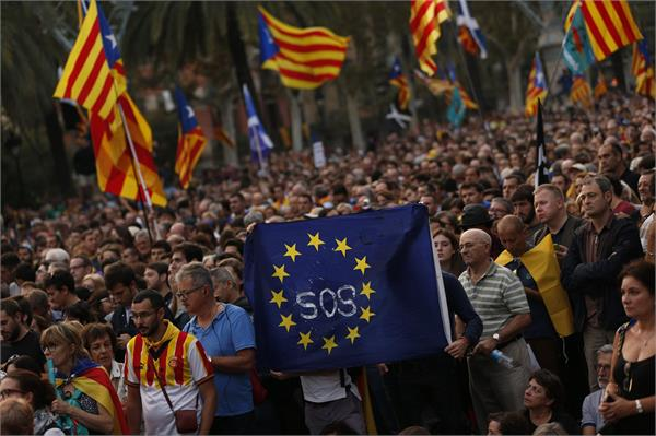 3 million catalan supporters protest in barcelona