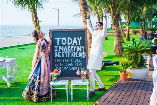 शादी में Cool Signboards के साथ करें मेहमानों का स्वागत
