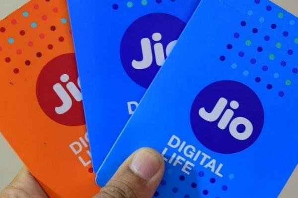 by the arrival of jio consumers saved 10 billion dollars a year