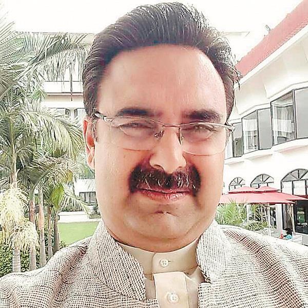 wife of mla harvinder kalyan shifted in medanta hospital