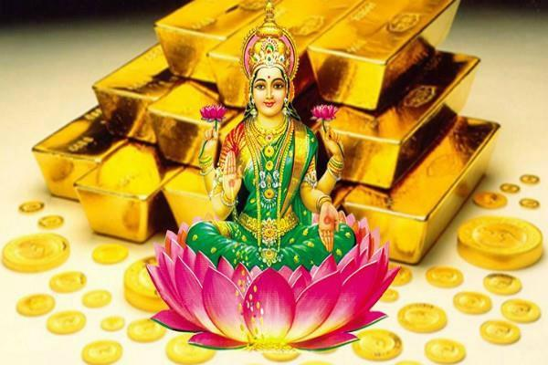 maa lakshmi enriches such a house with wealth